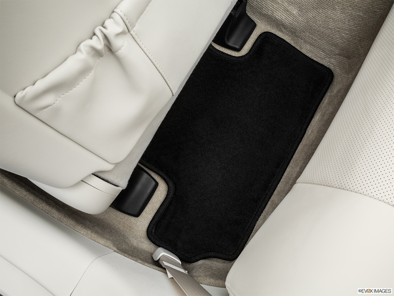 2015 Lexus IS C IS 350 Rear driver's side floor mat. Mid-seat level from outside looking in.