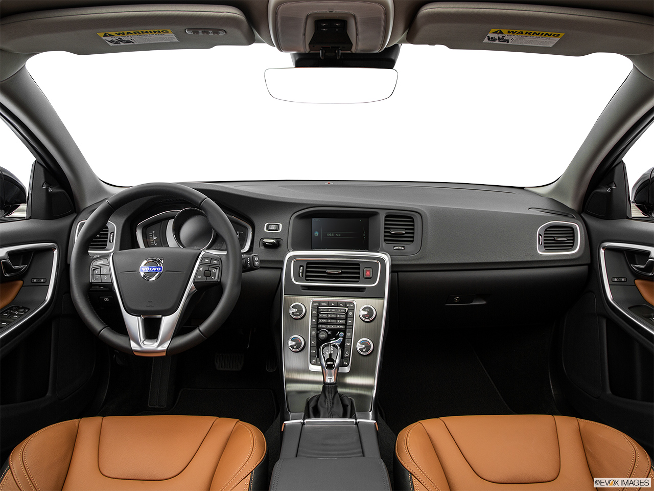 2015 Volvo V60 Cross Country T5 AWD Centered wide dash shot