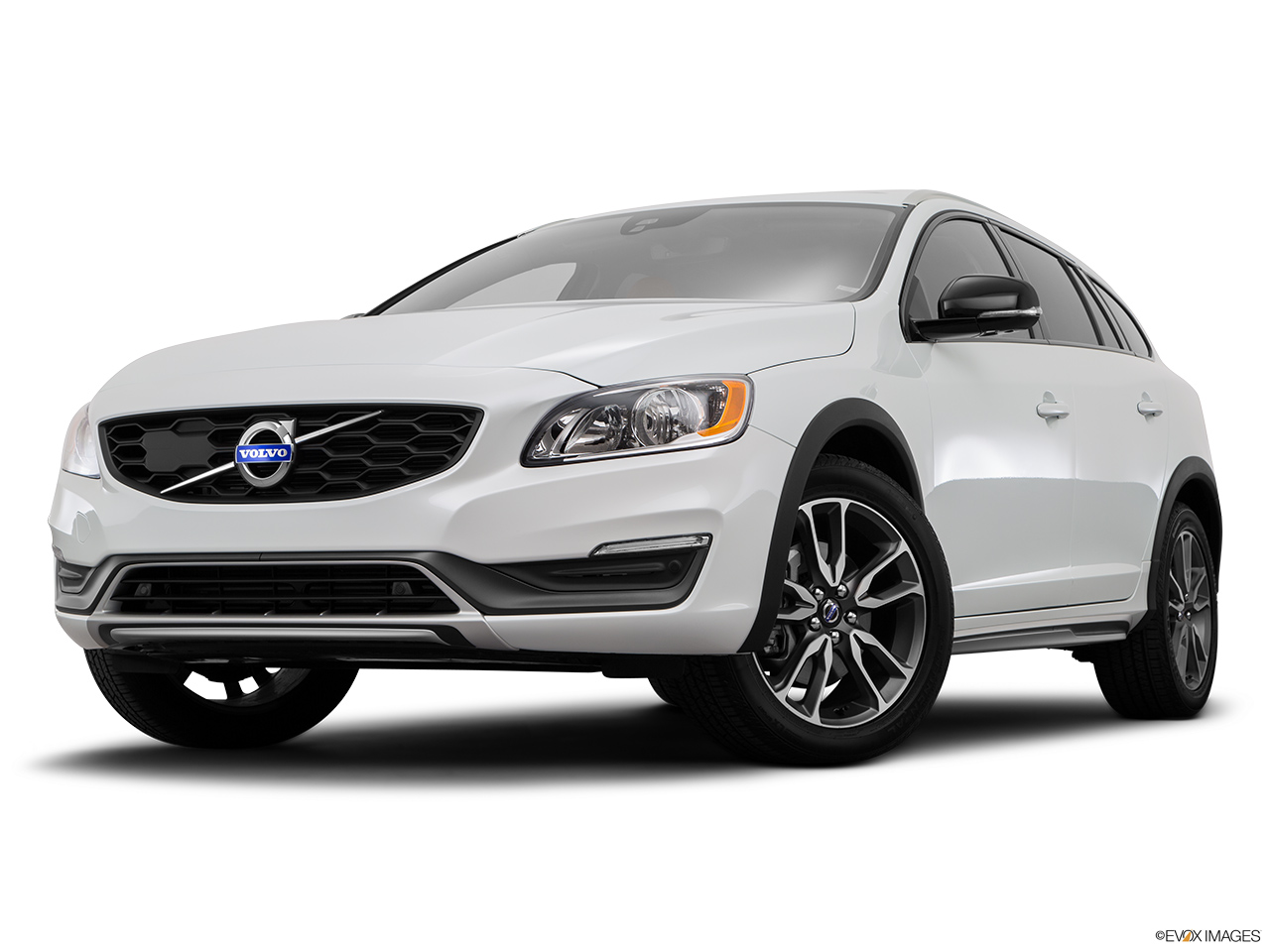 2015 Volvo V60 Cross Country T5 AWD Front angle view, low wide perspective.
