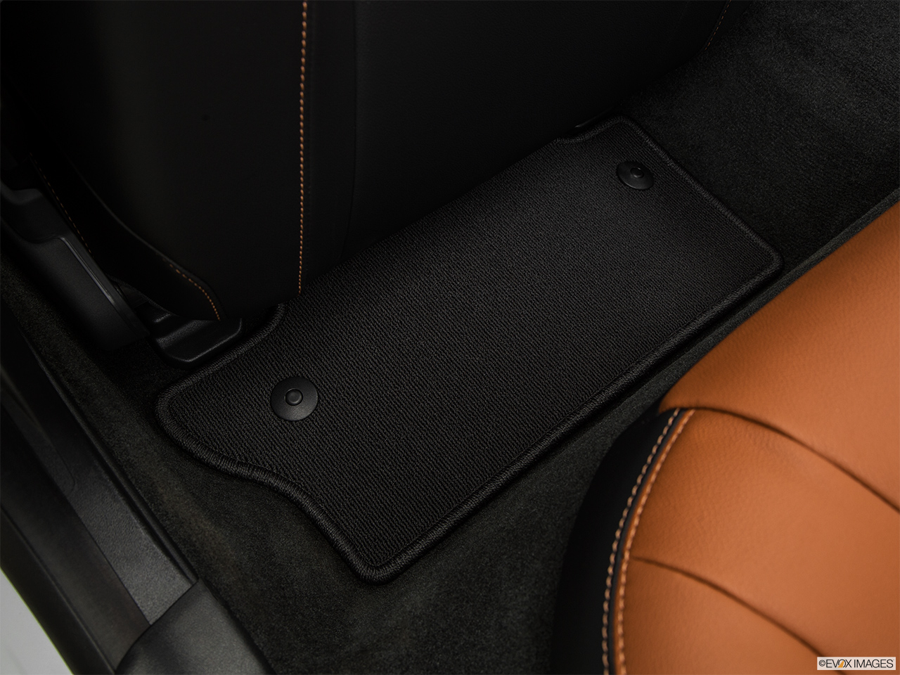 2015 Volvo V60 Cross Country T5 AWD Rear driver's side floor mat. Mid-seat level from outside looking in.
