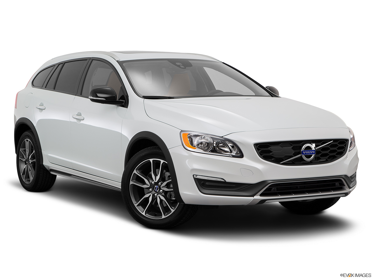 2015 Volvo V60 Cross Country T5 AWD Front passenger 3/4 w/ wheels turned.