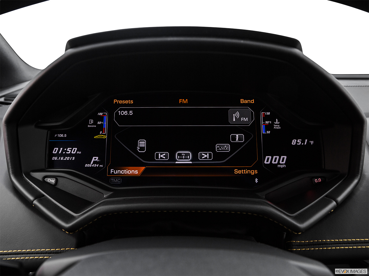 2015 Lamborghini Huracan LP 610-4 Closeup of radio head unit