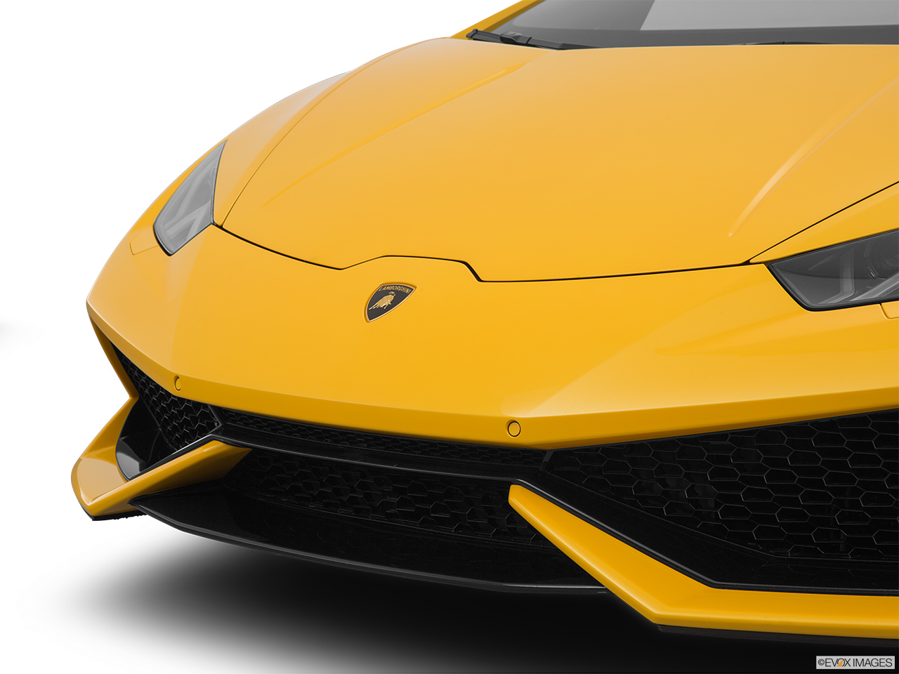 2015 Lamborghini Huracan LP 610-4 Close up of Grill.