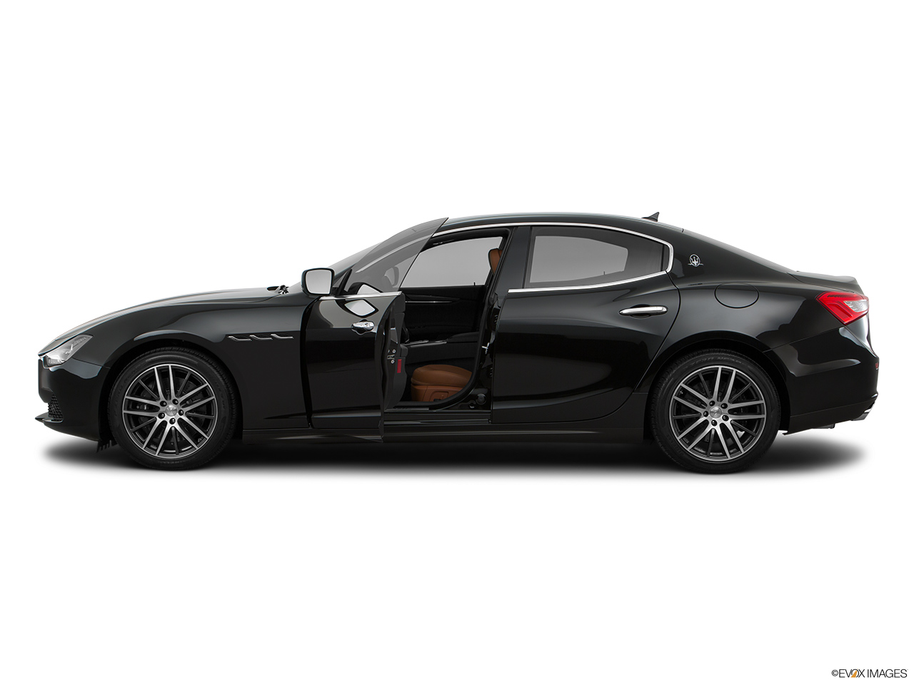 2015 Maserati Ghibli Base Driver's side profile with drivers side door open.