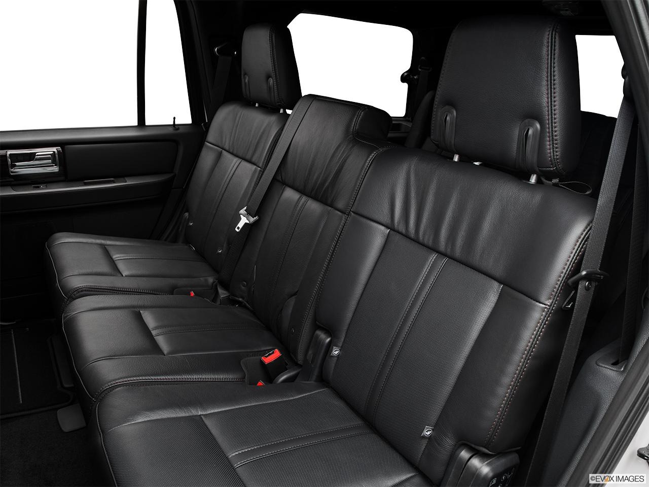 2016 Lincoln Navigator Reserve Rear seats from Drivers Side.