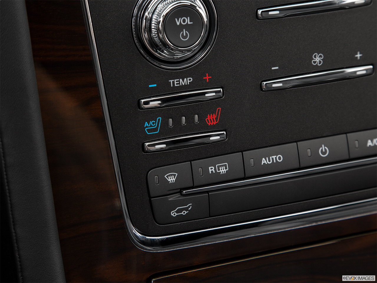 2016 Lincoln Navigator Reserve Heated Seats Control
