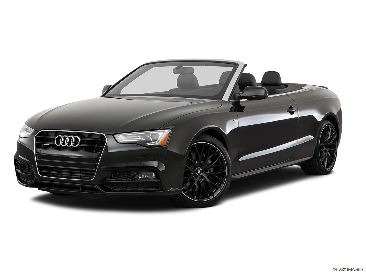 2017 Audi A5 Sport Cabriolet 2.0 TFSI Front angle medium view.