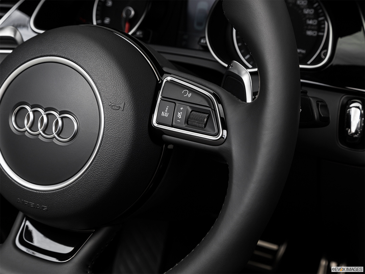 2017 Audi A5 Sport Cabriolet 2.0 TFSI Steering Wheel Controls (Right Side)
