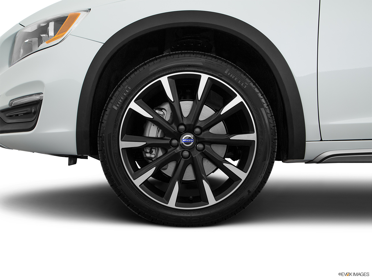 2018 Volvo V60 Cross Country T5 AWD Front Drivers side wheel at profile.