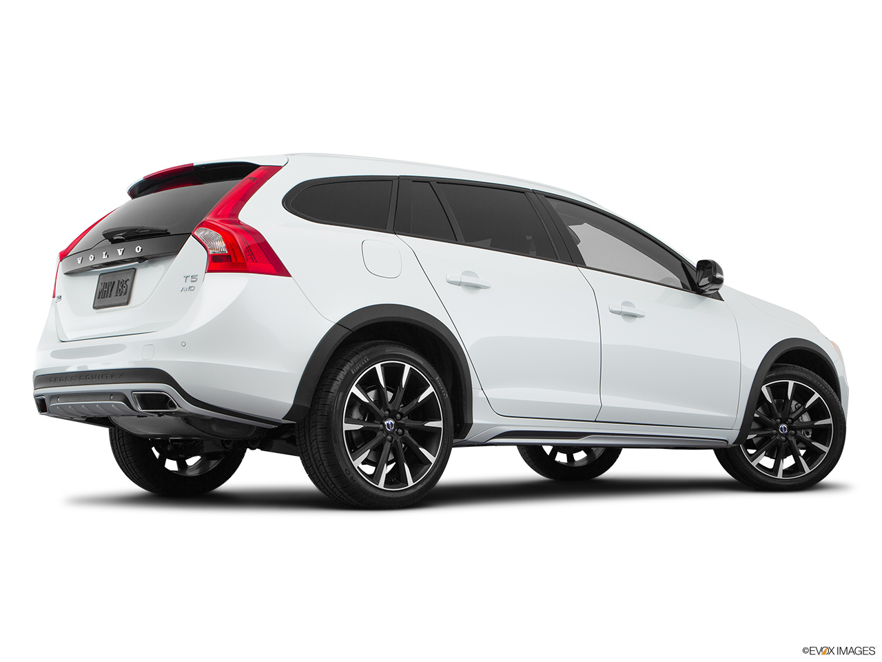 2018 Volvo V60 Cross Country T5 AWD Low/wide rear 5/8.