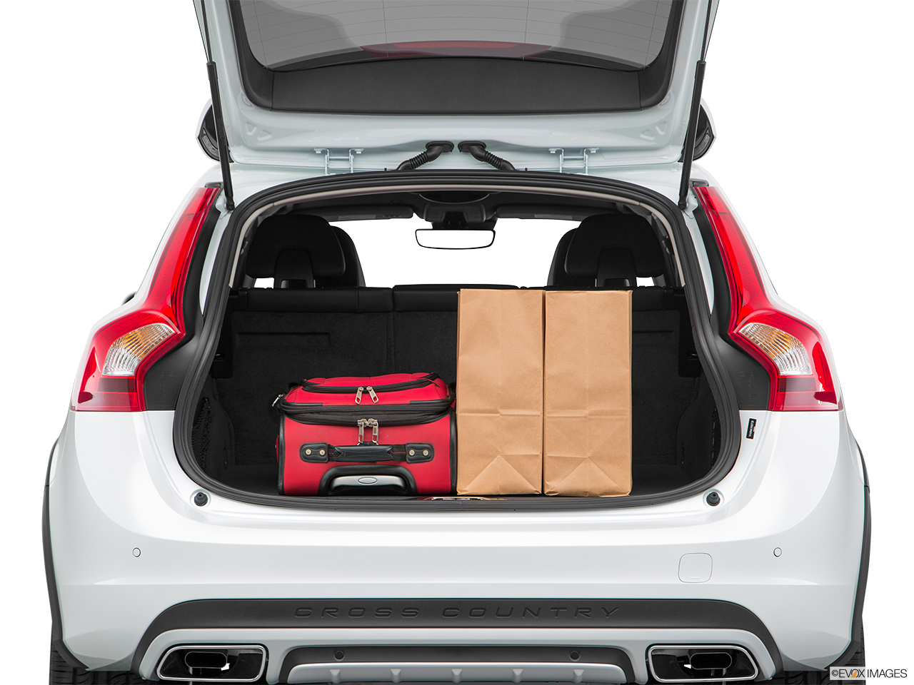 2018 Volvo V60 Cross Country T5 AWD Trunk props.