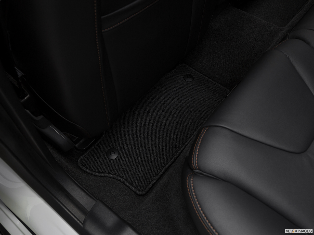 2018 Volvo V60 Cross Country T5 AWD Rear driver's side floor mat. Mid-seat level from outside looking in.