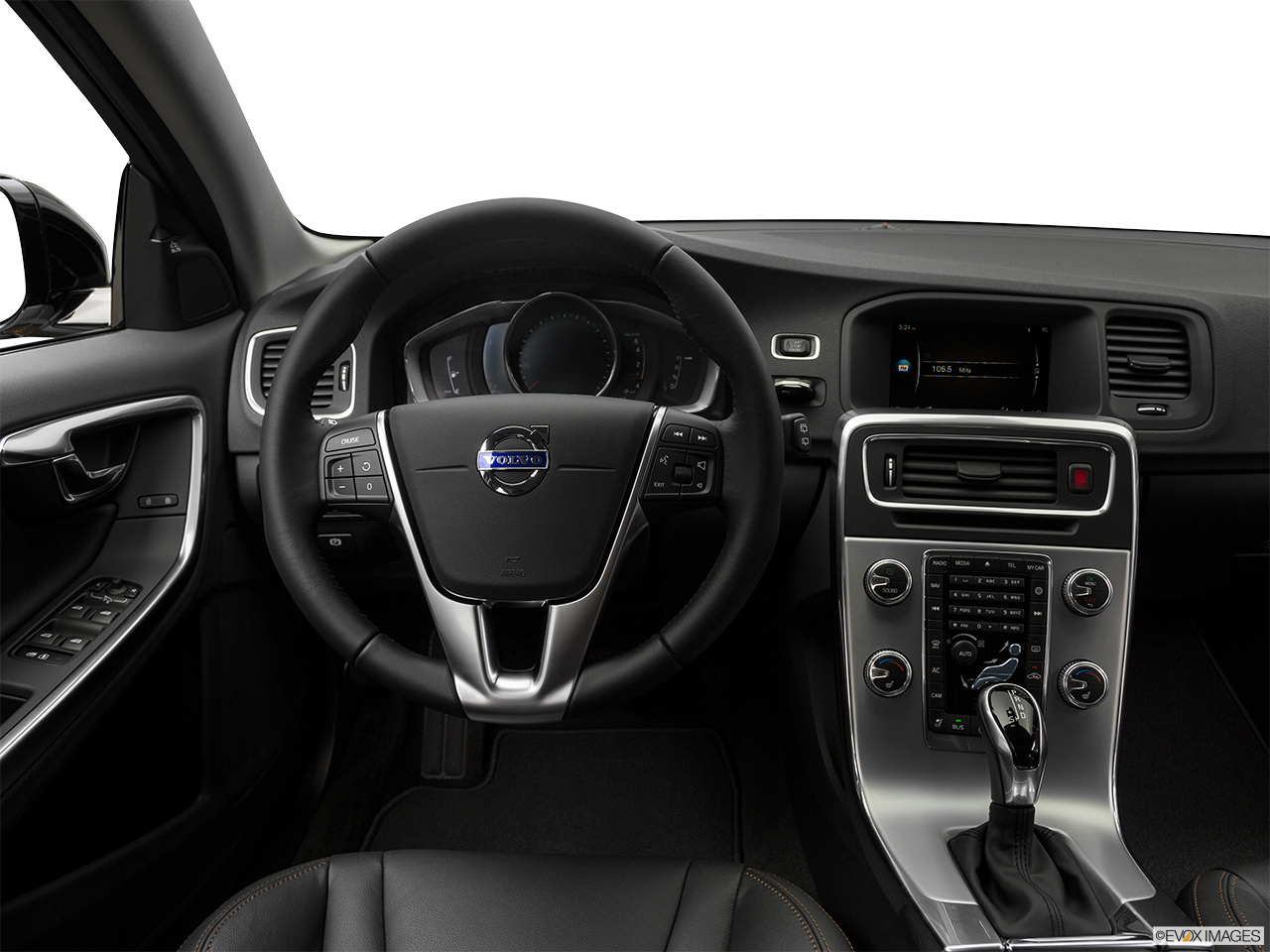 2018 Volvo V60 Cross Country T5 AWD Steering wheel/Center Console.