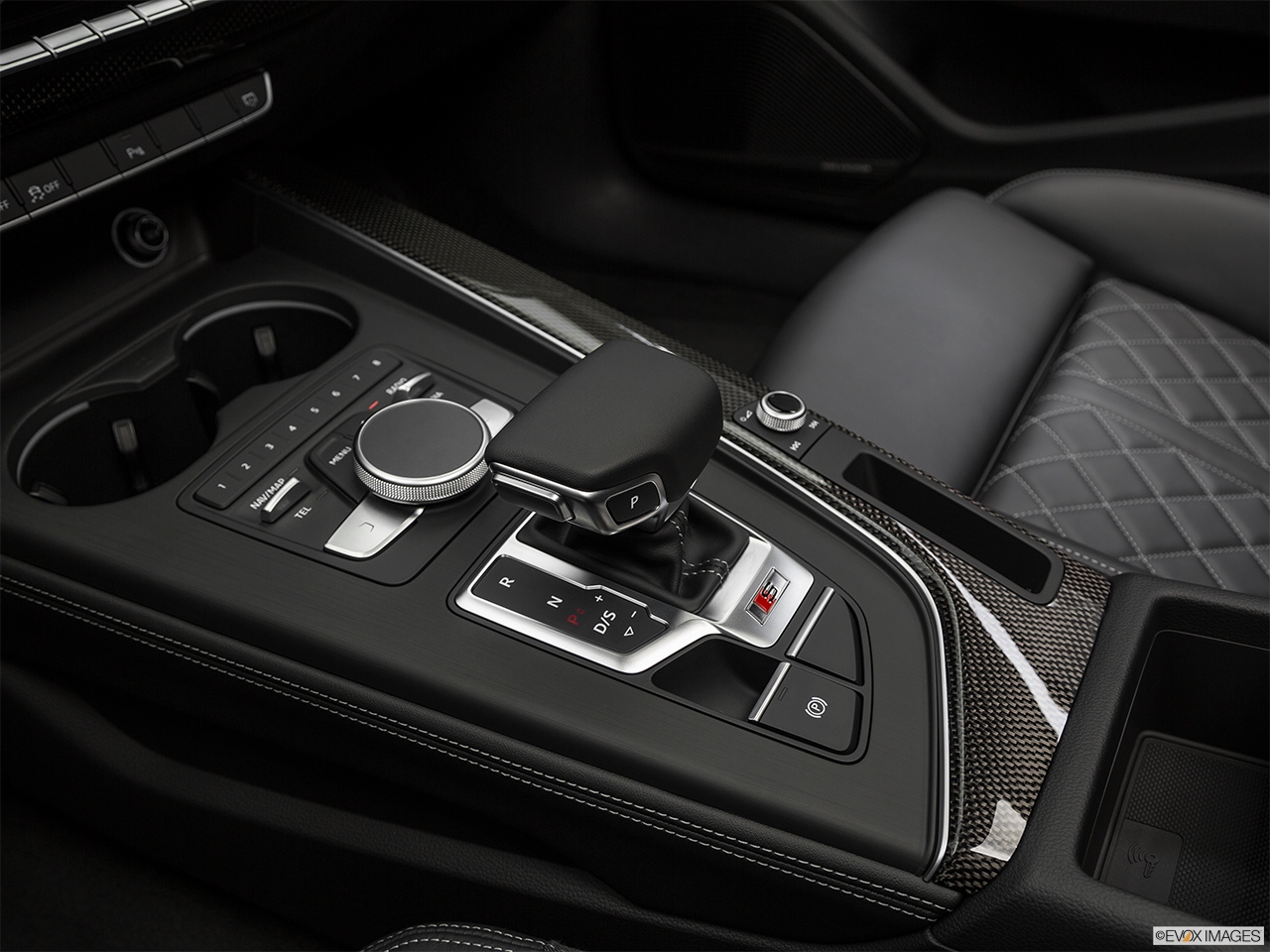 2019 Audi S5 Sportback Premium Plus 3.0 TFSI Gear shifter/center console.