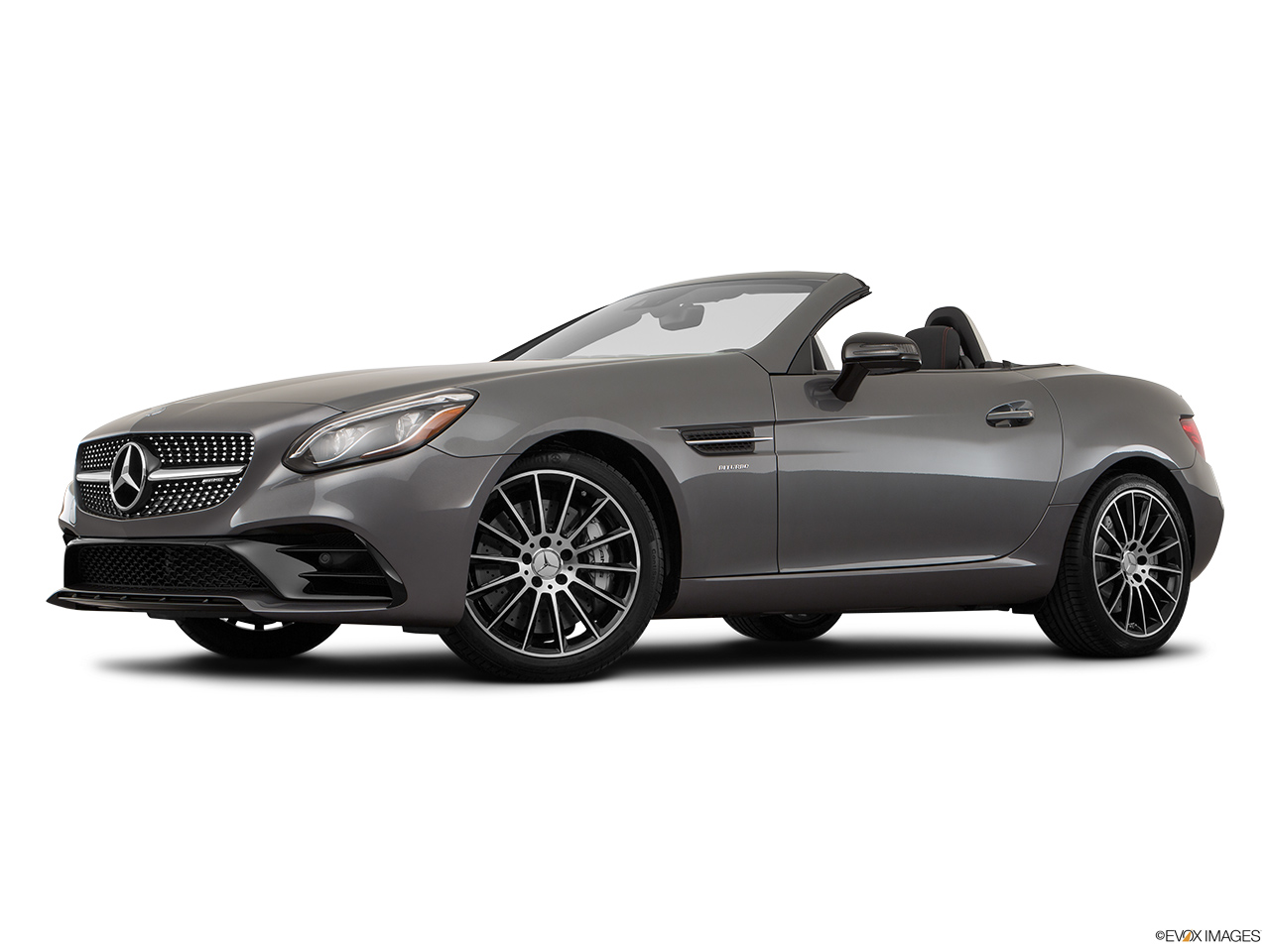 2019 Mercedes-Benz SLC-class SLC43 AMG Low/wide front 5/8.