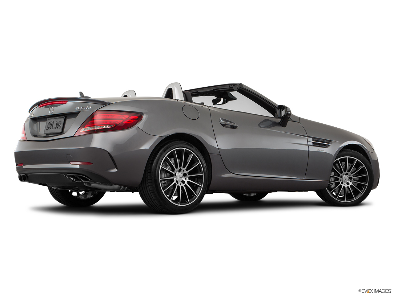 2019 Mercedes-Benz SLC-class SLC43 AMG Low/wide rear 5/8.