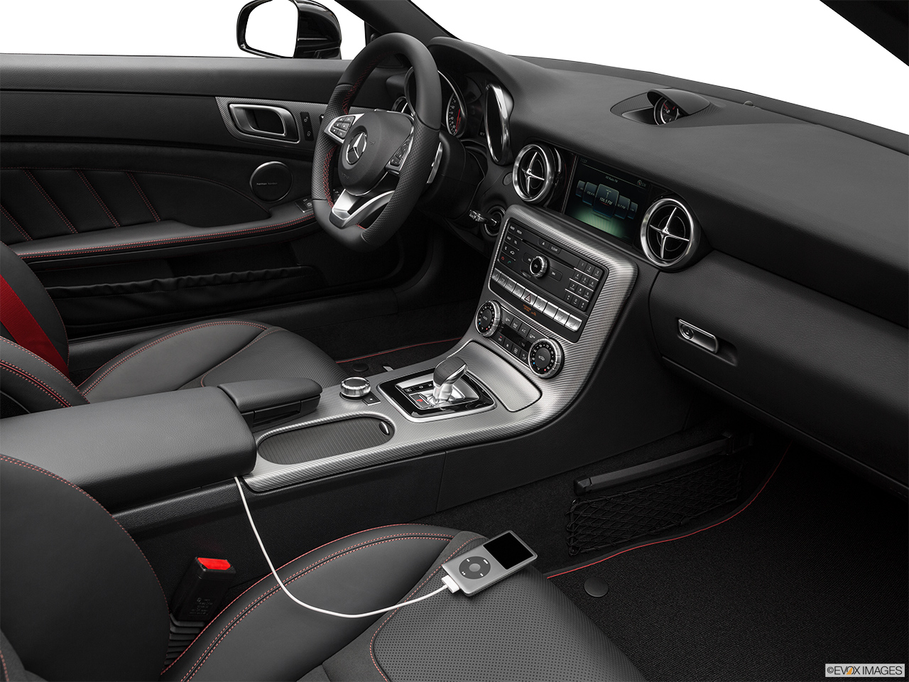2019 Mercedes-Benz SLC-class SLC43 AMG Auxiliary jack props.