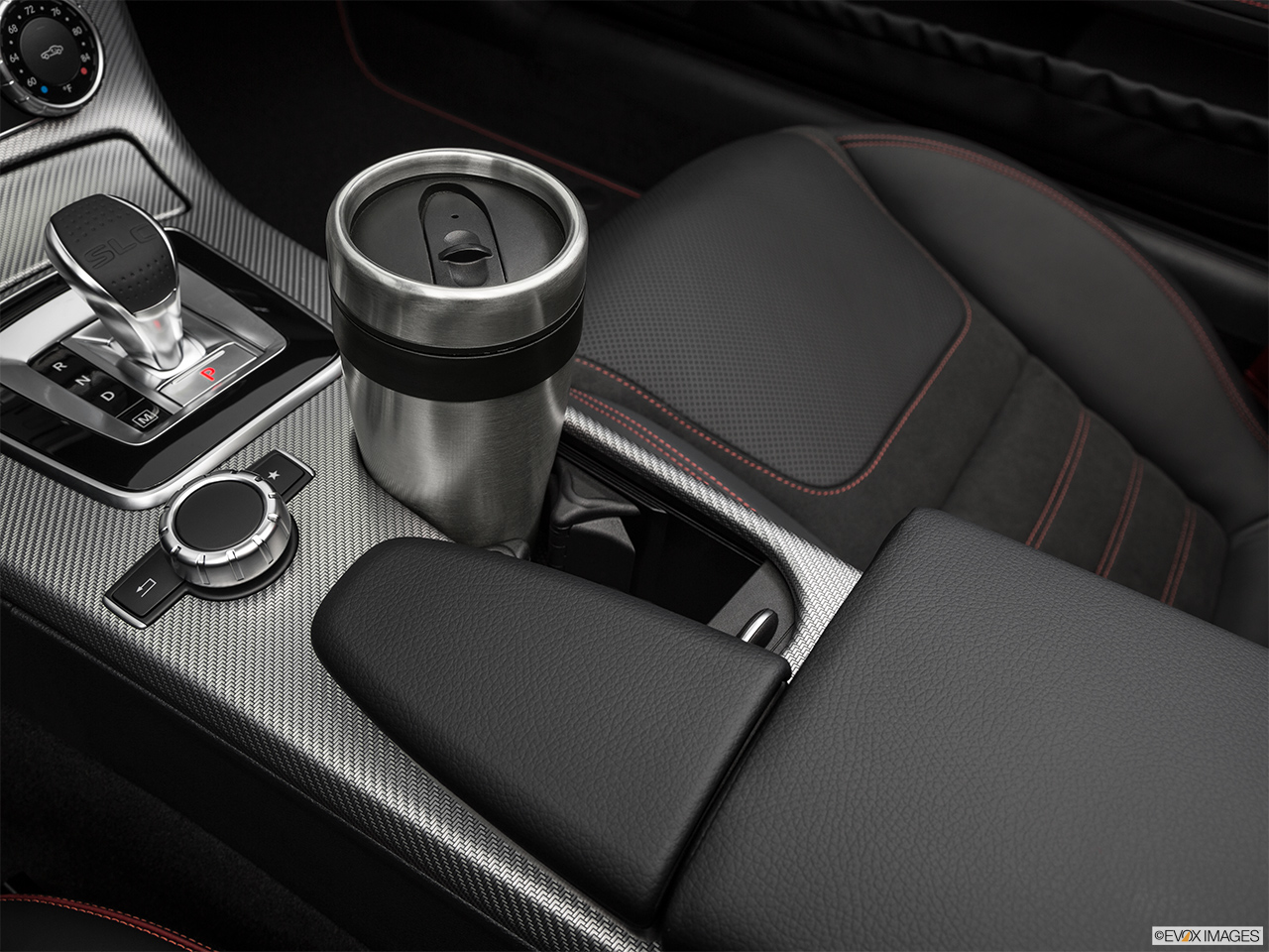 2019 Mercedes-Benz SLC-class SLC43 AMG Cup holder prop (primary).