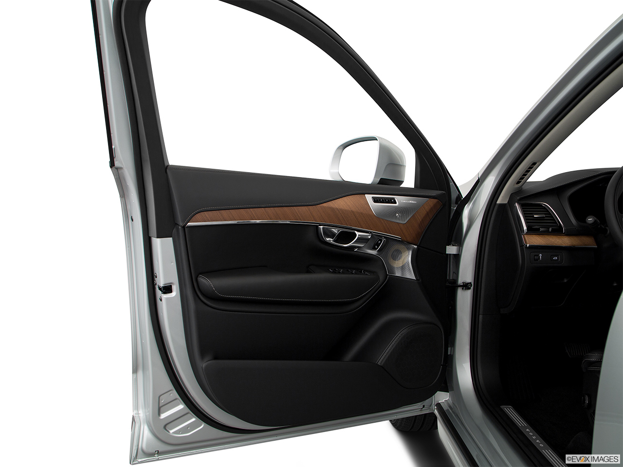 2019 Volvo XC90  T6 Inscription Inside of driver's side open door, window open.