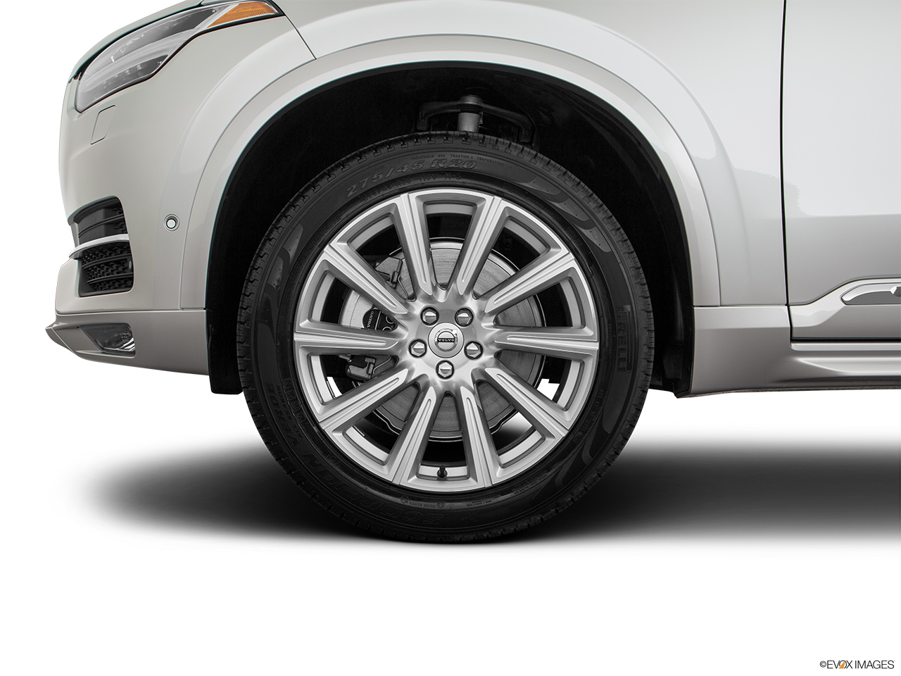 2019 Volvo XC90  T6 Inscription Front Drivers side wheel at profile.