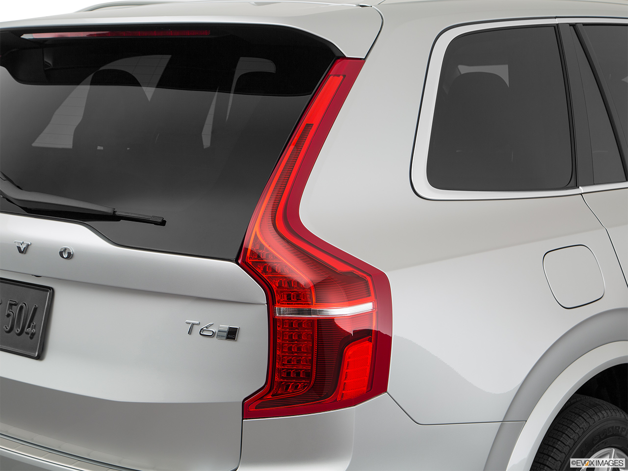 2019 Volvo XC90  T6 Inscription Passenger Side Taillight.