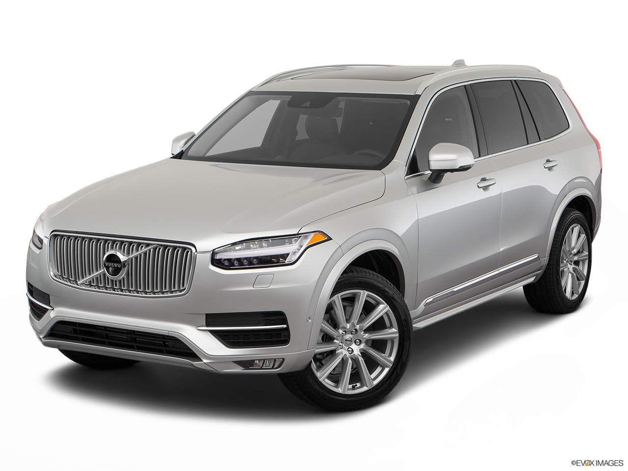 2019 Volvo XC90  T6 Inscription Front angle view.