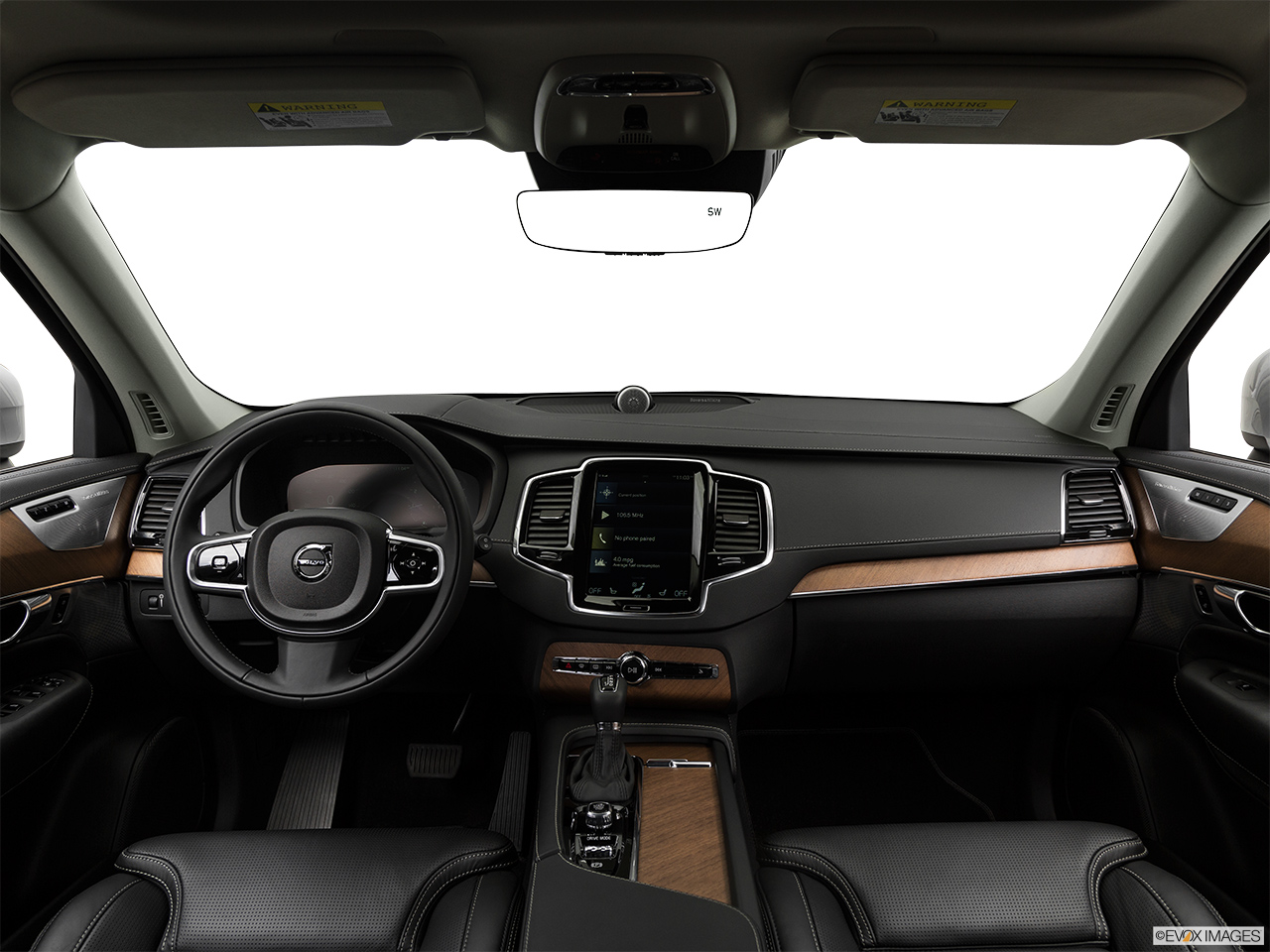 2019 Volvo XC90  T6 Inscription Centered wide dash shot