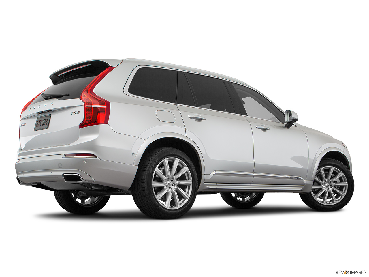 2019 Volvo XC90  T6 Inscription Low/wide rear 5/8.