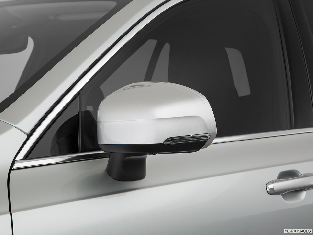 2019 Volvo XC90  T6 Inscription Driver's side mirror, 3_4 rear