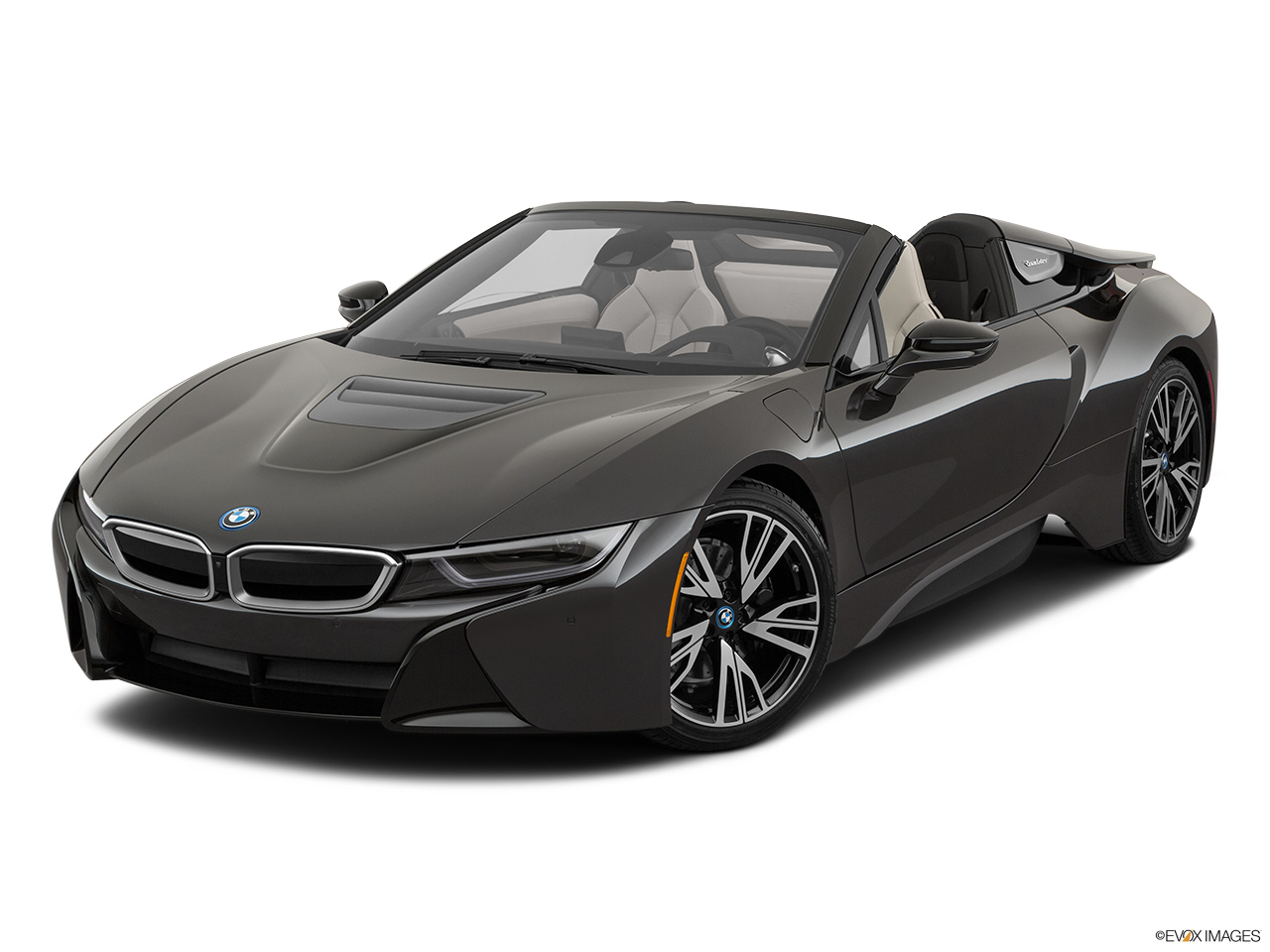 2019 BMW i8 Roadster Standard World Front angle view.