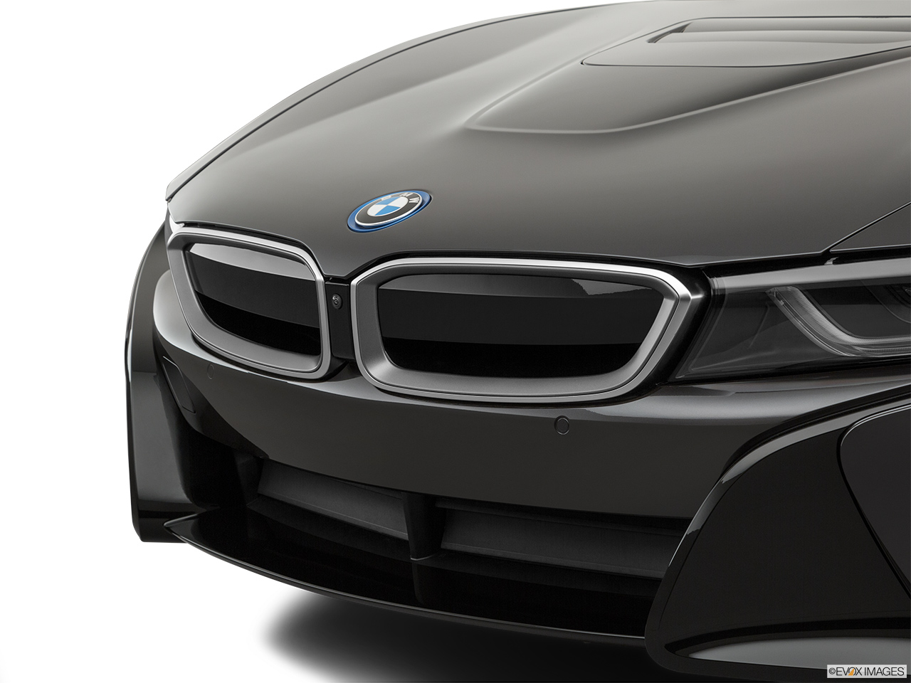 2019 BMW i8 Roadster Standard World Close up of Grill.