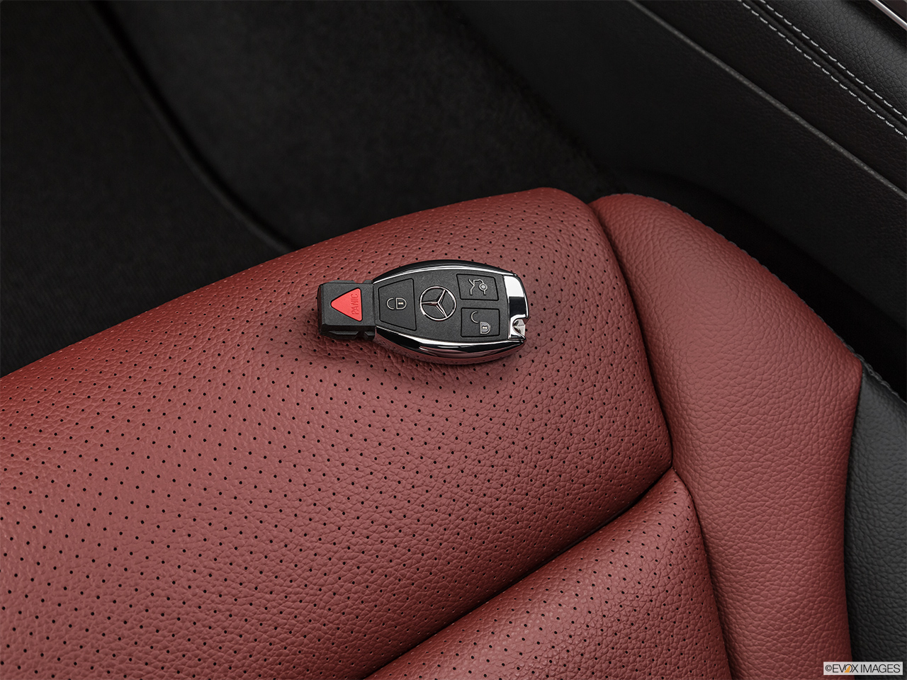 2019 Mercedes-Benz GLC-Class Coupe GLC 300 4MATIC Key fob on driver's seat.