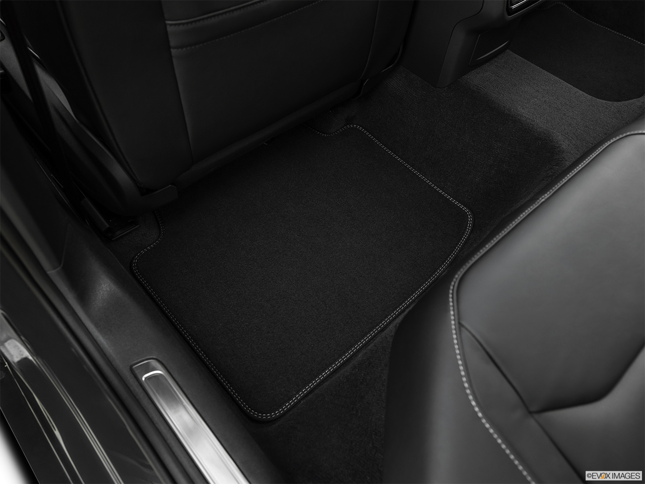 2019 Volkswagen Arteon SEL Premium  R-Line Rear driver's side floor mat. Mid-seat level from outside looking in.