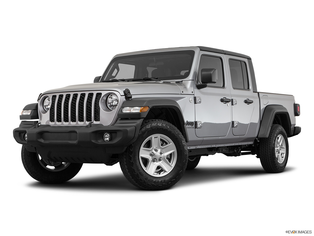 2020 Jeep Gladiator Sport S Front angle medium view.