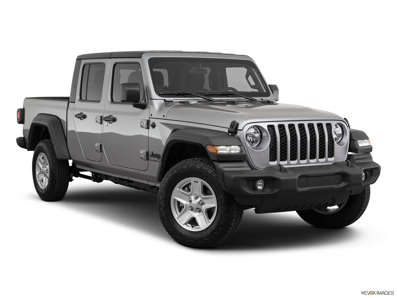 2020 Jeep Gladiator Sport S Front passenger 3/4 w/ wheels turned.