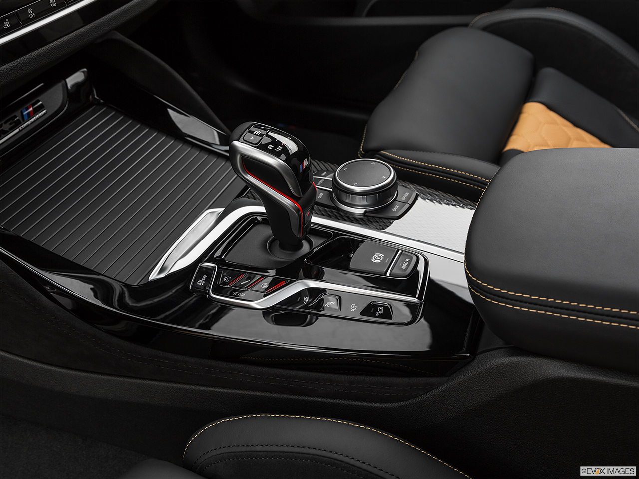 2020 BMW X3 M Competition Gear shifter/center console.