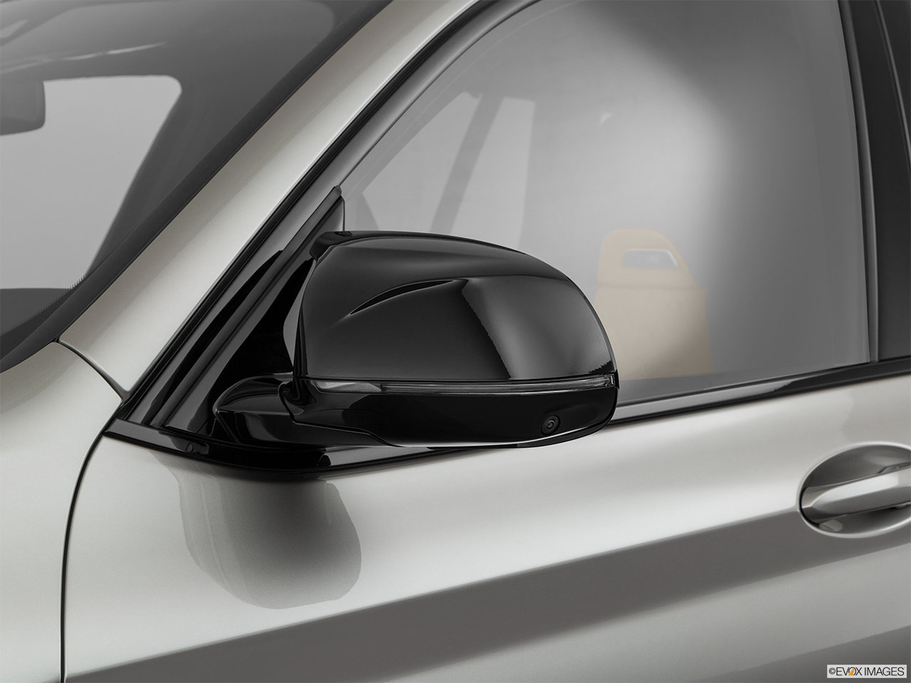 2020 BMW X3 M Competition Driver's side mirror, 3_4 rear
