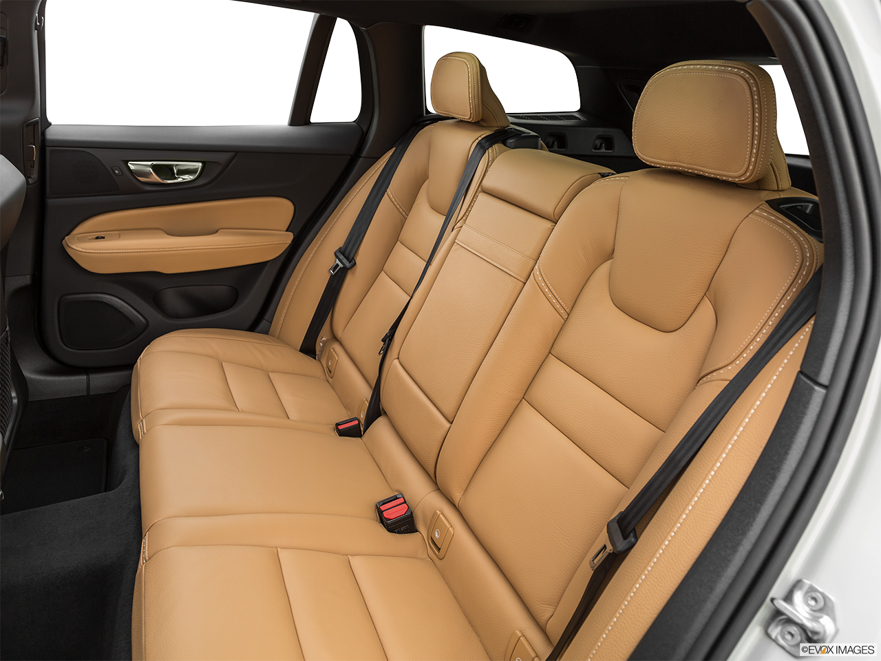 2020 Volvo V60 Cross Country T5 AWD Rear seats from Drivers Side.