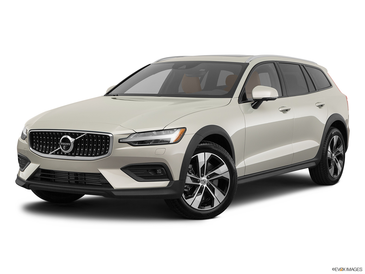 2020 Volvo V60 Cross Country T5 AWD Front angle medium view.