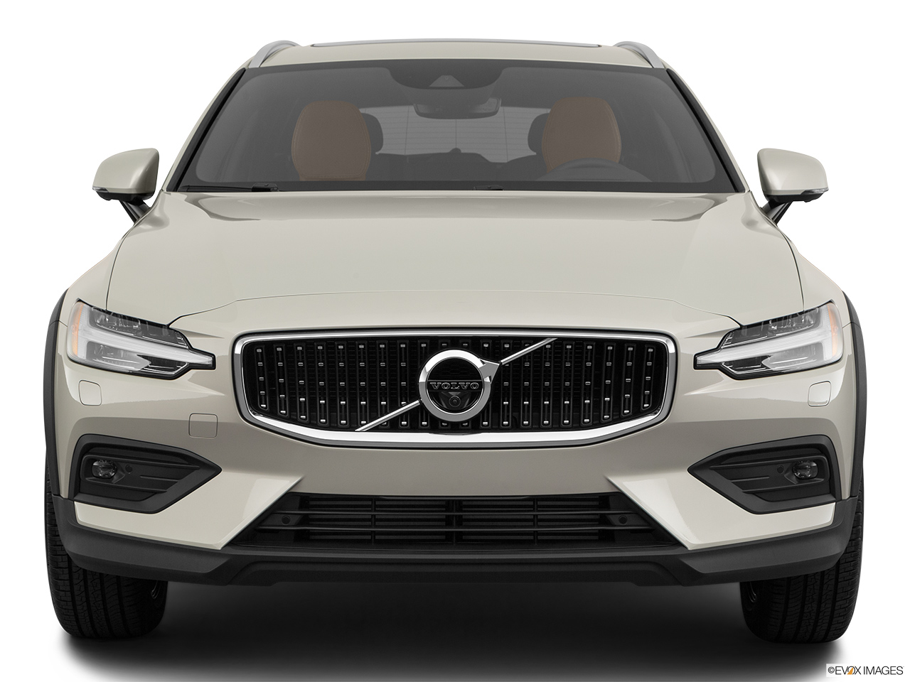 2020 Volvo V60 Cross Country T5 AWD Low/wide front.