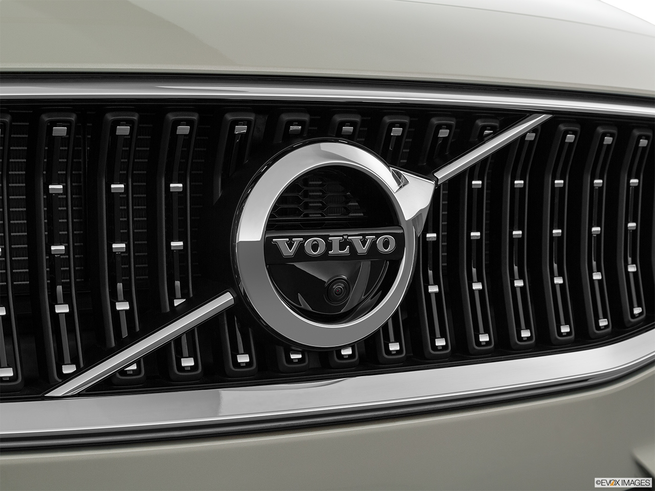 2020 Volvo V60 Cross Country T5 AWD Rear manufacture badge/emblem