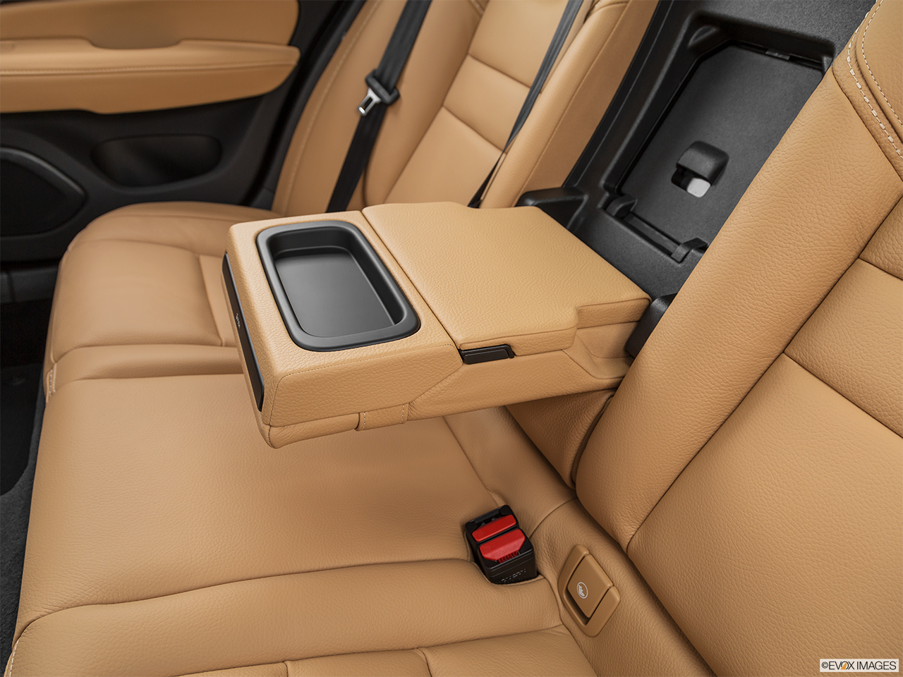 2020 Volvo V60 Cross Country T5 AWD Rear center console with closed lid from driver's side looking down.