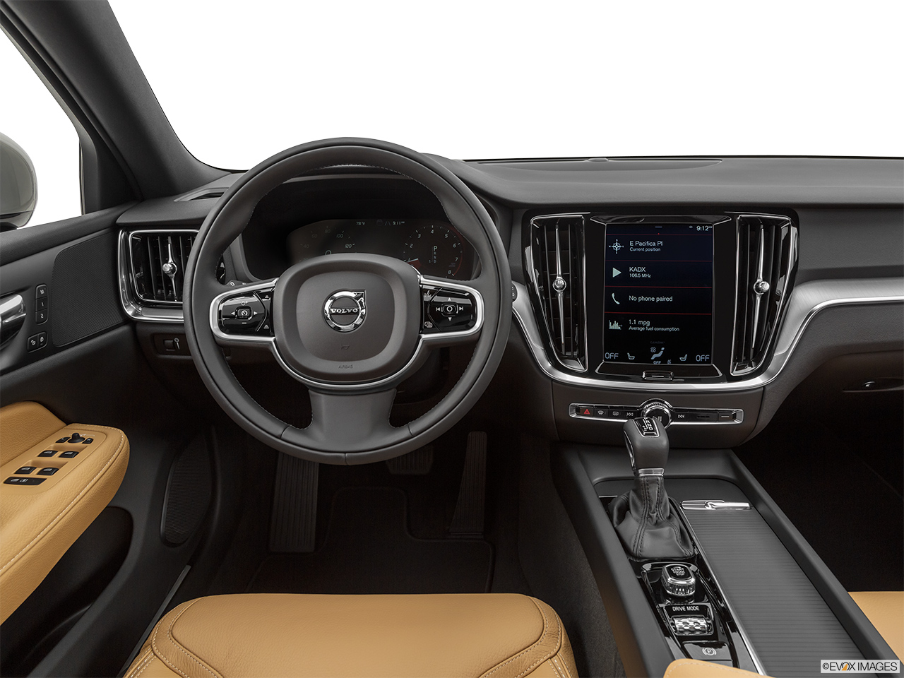 2020 Volvo V60 Cross Country T5 AWD Steering wheel/Center Console.