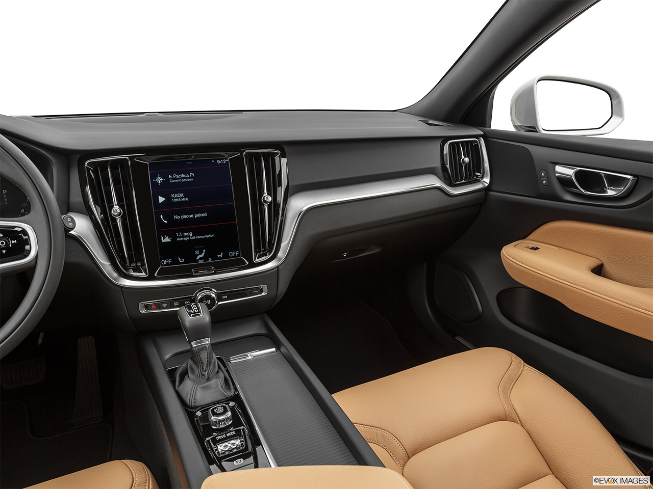2020 Volvo V60 Cross Country T5 AWD Center Console/Passenger Side.