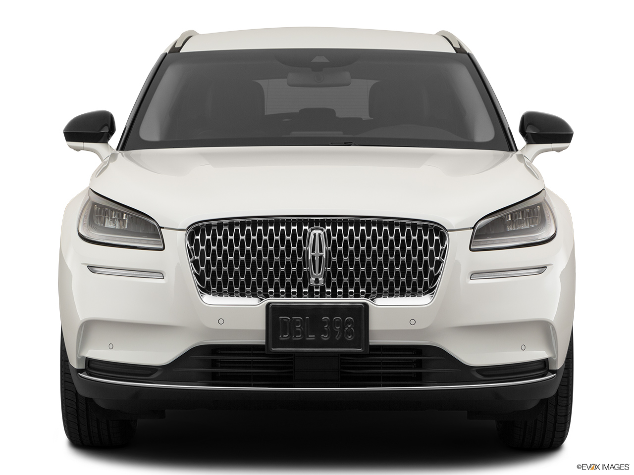 2020 Lincoln Corsair Standard Low/wide front.