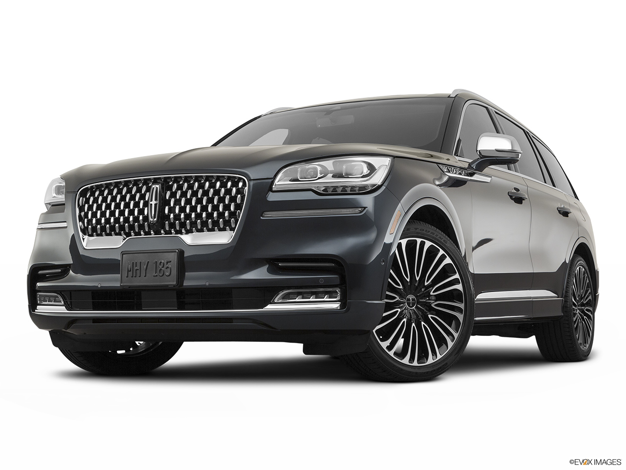 2020 Lincoln Aviator Black Label Front angle view, low wide perspective.