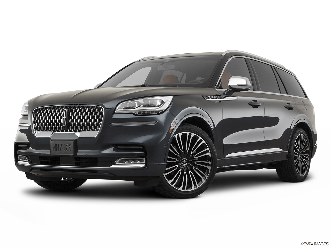 2020 Lincoln Aviator Black Label Front angle medium view.