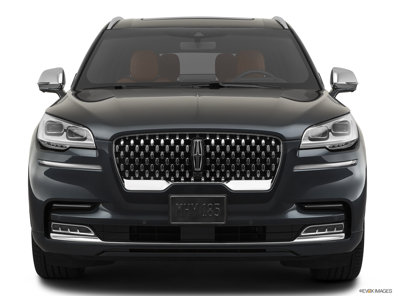 2020 Lincoln Aviator Black Label Low/wide front.