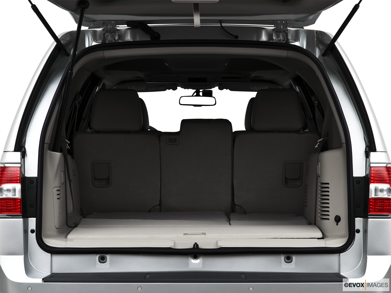 2010 Lincoln Navigator Base Trunk open.