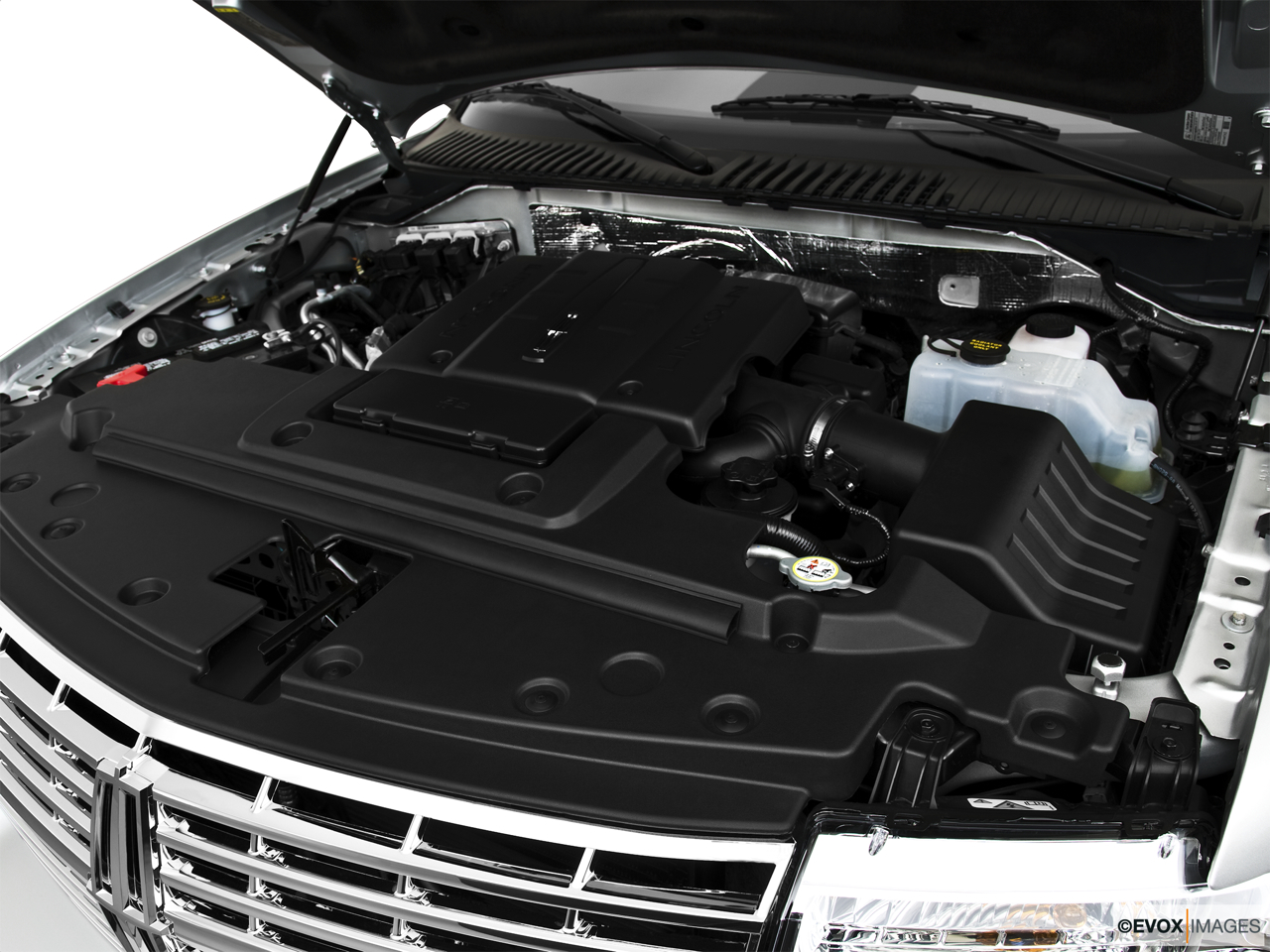 2010 Lincoln Navigator Base Engine.